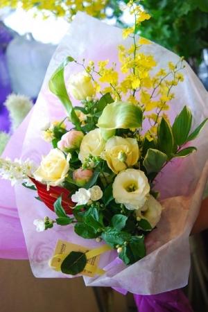 standard bouquet.jpg